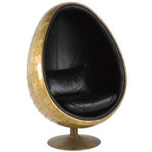 Eiförmiger Sessel im Industriestil, schwarzer Lederbezug Coquille
