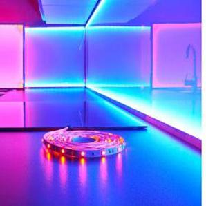 LED-Lichtband mit Farbwechsel-LEDs Länge 3 m