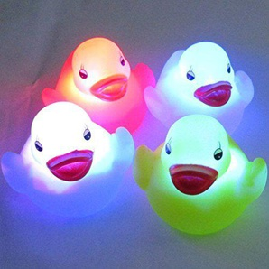 Buweiser 4ST wasserdichte LED-Ente-nachtlicht Baden Badewanne Spielzeug für Kinder