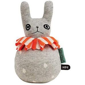 OYOY - Kugelspielzeug Roly Poly - Hase - Ø 12 x H 22 cm - Baumwolle