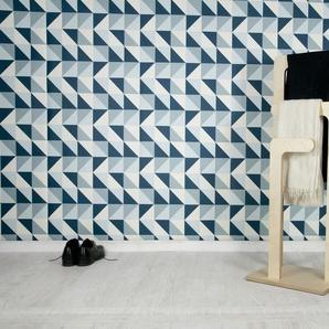 Stiller Holzdiener Sweden skandinavisches Design