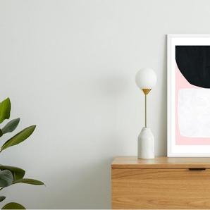 Hush von Tracie Andrews, gerahmter Kunstdruck (48 x 65 cm)