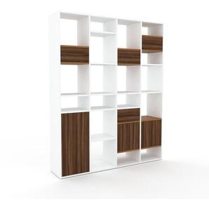 Aktenregal Weiß - Büroregal: Schubladen in Nussbaum & Türen in Nussbaum - Hochwertige Materialien - 156 x 195 x 35 cm, konfigurierbar