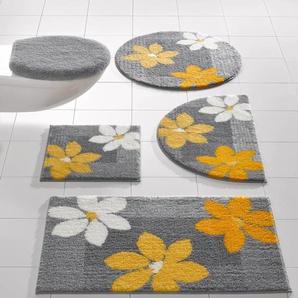Badgarnitur im Blumen-Design