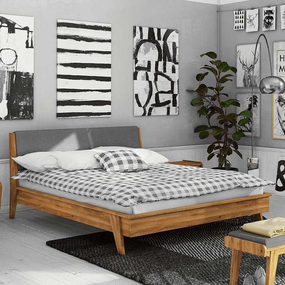 Bett aus Wildeiche Massivholz Retrostil