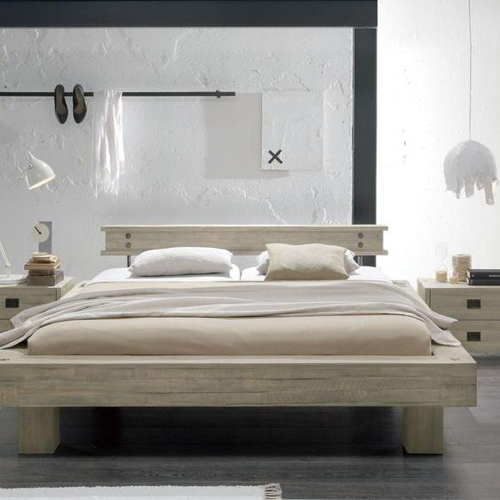 Bett Buena, Akazie braun, 200x220 cm, Fußhöhe 25 cm