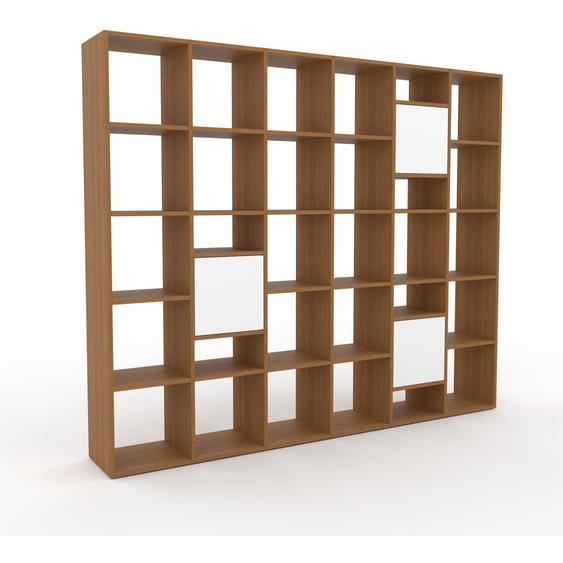 Bibliotheksregal Eiche - Individuelles Regal für Bibliothek: Türen in Weiß - 233 x 195 x 35 cm, konfigurierbar