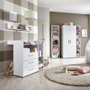 BMG Babyzimmer-Komplettset »Luis«, (Set, 5-St), Bett + Wickelkommode + 2-trg. Schrank + Standregal + Wandboard