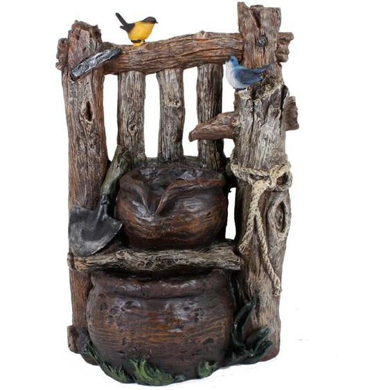 Brunnen in Holzoptik mit 2-fach Kaskade
