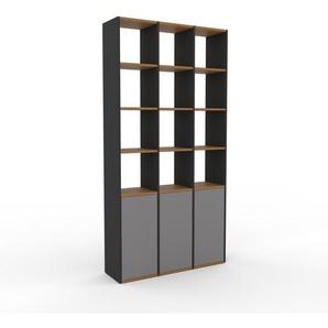 Bücherregal Grau - Modernes Regal für Bücher: Türen in Grau - 118 x 233 x 35 cm, Individuell konfigurierbar