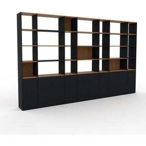 Wohnwand Schwarz - Individuelle Designer-Regalwand: Türen in Schwarz - Hochwertige Materialien - 380 x 233 x 35 cm, Konfigurator