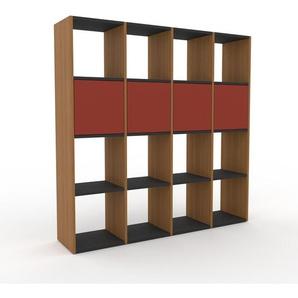 Bücherregal Eiche - Modernes Regal für Bücher: Türen in Rot - 156 x 157 x 35 cm, Individuell konfigurierbar