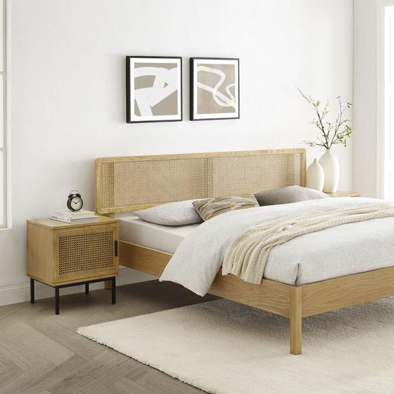 COUCH♥ Holzbett Feines Geflecht 180x200 cm beige Massivholzbetten Betten