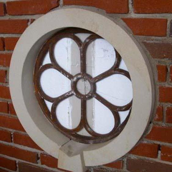 Eisenfenster, Fenster für den Giebel, ehemaliges Antik Stallfenster, rund D70