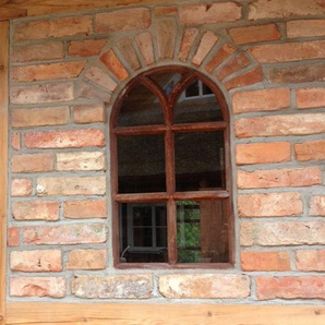 Eisenfenster mit Rundbogen, Fenster Gartenmauer, runder Bogen Fenster V 66 x 39