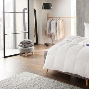 Excellent Bettdecke + Kopfkissen St. Moritz, Angenehmes und natürliches Schlafklima, im Set günstiger B/L: 155 cm x 220 1, 80 (1), Bezug: Baumwolle Füllung: Entendaune/-feder, normal weiß Allergiker Bettdecken Bettdecken, Unterbetten