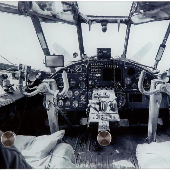 Garderobe »Flugzeugcockpit alt«