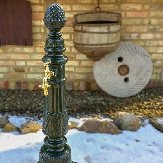 Gartenbrunnen mit Wasserhahn - Nostalgie Zapfstelle Garten Brunnen Säulenbrunnen