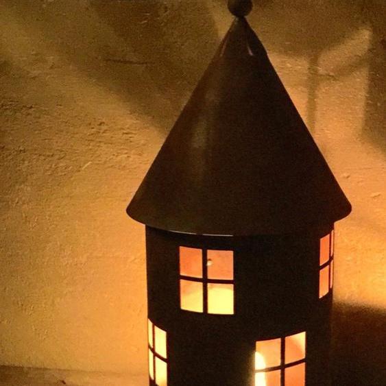 Großes Windlicht, Laterne Leuchtturm, Haustür Dekoration für Flackerlicht Garten