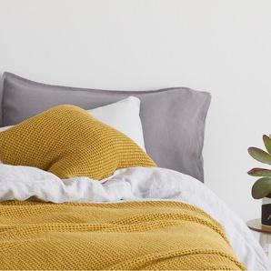 Grove Tagesdecke (150 x 200 cm) aus 100 % Baumwolle, Senfgelb