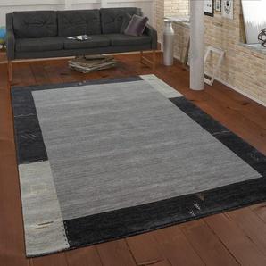 Handgefertigter Flachgewebe-Teppich Jabari aus Wolle in Grau