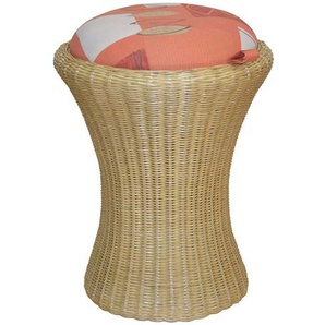 Hocker in Bunt Beige Rattan