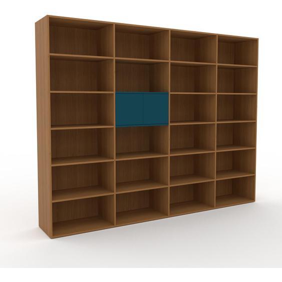 Holzregal Eiche - Skandinavisches Regal aus Holz: Türen in Blaugrün - 301 x 233 x 47 cm, Personalisierbar