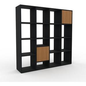 Holzregal Schwarz - Skandinavisches Regal aus Holz: Türen in Eiche - 156 x 157 x 35 cm, Personalisierbar