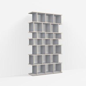 Individualisierbares Bücherregal aus Massivholz in Grau. Moderne Designer-Möbel nach Maß.