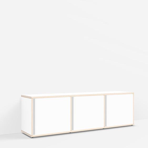 Individualisierbares Sideboard aus Massivholz in Weiß. Moderne Designer-Möbel nach Maß.
