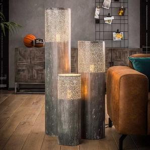 Industriedesign Stehleuchte aus Metall Altsilberfarben