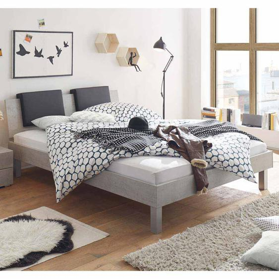 Jugendbett in Beton Grau mit Klemmkissen