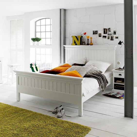 Komfortbett in Weiß Landhausstil
