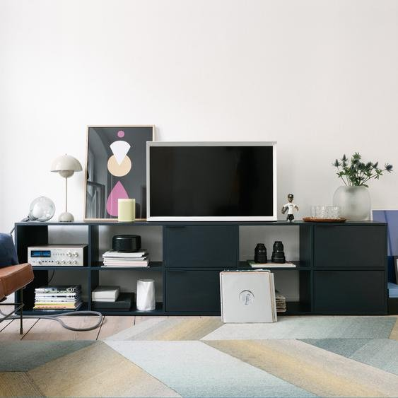 Konfigurierbarer Fernsehtisch aus Spanplatte in Blau.