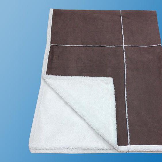 Kunstfaserbettdecke, Patchwork, Dreams braun, 150x200 cm braun Kunstfelldecken Decken Bettdecke