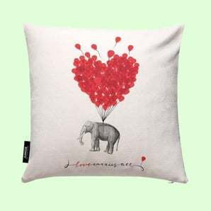 Love carries all - elephant- Kissen
