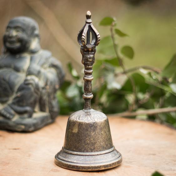 Nostalgische Tischglocke aus brüniertem Messing, Glocke mit wunderbarem Klang