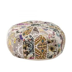 Auffallender Pouf mehrfarbig aus Baumwolle im Patchwork-Stil
