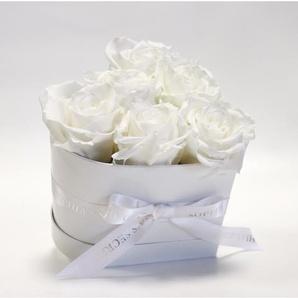 Rosenbox Herz weiß mit 6-7 weißen Rosen