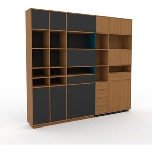 Schrankwand Eiche - Moderne Wohnwand: Schubladen in Eiche & Türen in Anthrazit - Hochwertige Materialien - 267 x 239 x 35 cm, Konfigurator