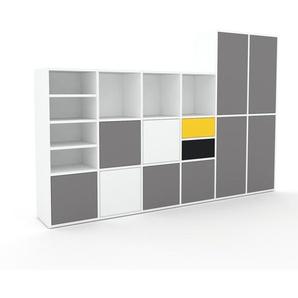 Schrankwand Weiß - Moderne Wohnwand: Schubladen in Schwarz & Türen in Grau - Hochwertige Materialien - 233 x 157 x 35 cm, Konfigurator