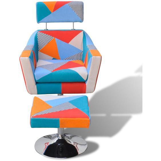 Sessel mit Fußhocker