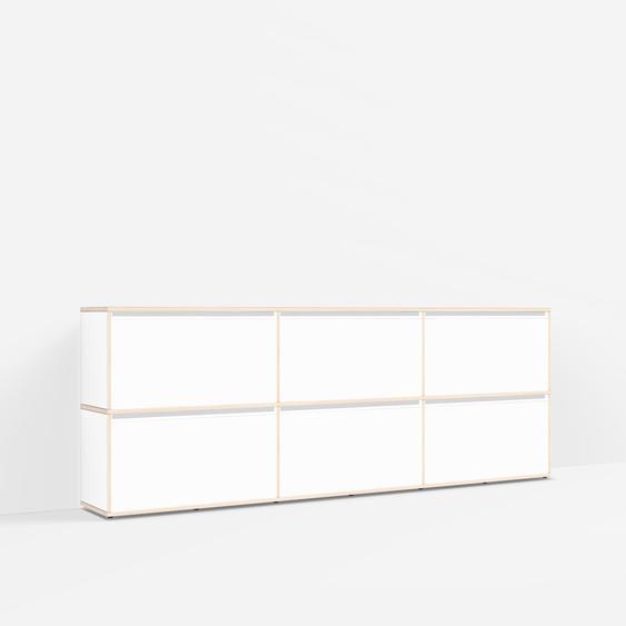 Sideboard mit Türen und Schubladen. Aus Multiplexplatte. In Weiß. Moderne Designer-Möbel nach Maß.