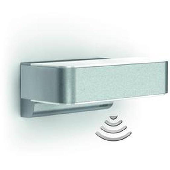 Steinel LED Wandleuchte L 810 iHF LED silbern mit Bewegungsmelder