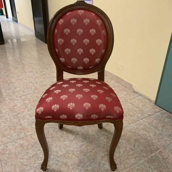 Stuhl in Rot Goldfarben gemustert Barock Design