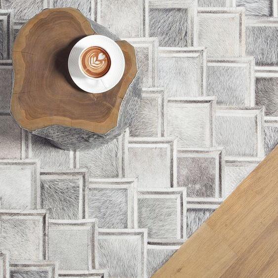 Teppich Kuhfell grau 140 x 200 cm geometrisches Muster AGACLI