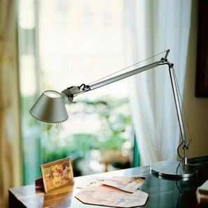 Tischleuchte Tolomeo Tavolo LED Artemide, Designer de Lucchi & Fassina, 123 cm