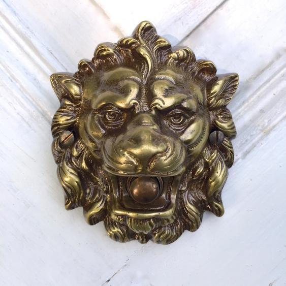 Türklingel Löwe, Löwenkopf als Antik- Klingel gefertigt aus Messing, Hstorismus