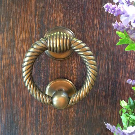 Türklopfer Antik Messing - massiver Klopfer Ring - PZ Beschläge Haustüren