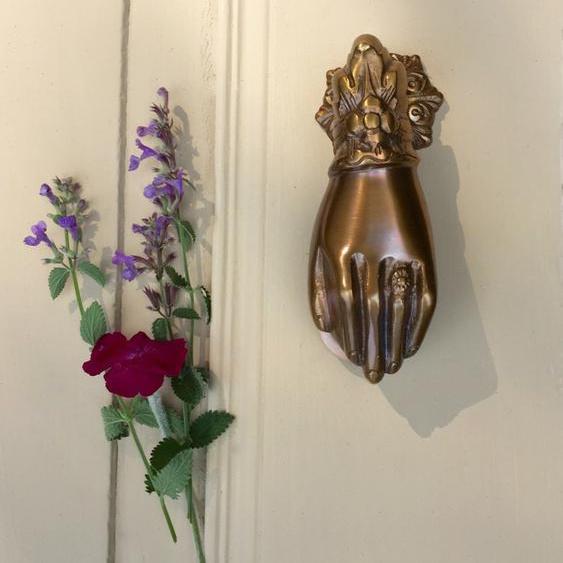 Türklopfer Hand aus Messing massiv patiniert, wie Antik Beschlag Klopfer Tür